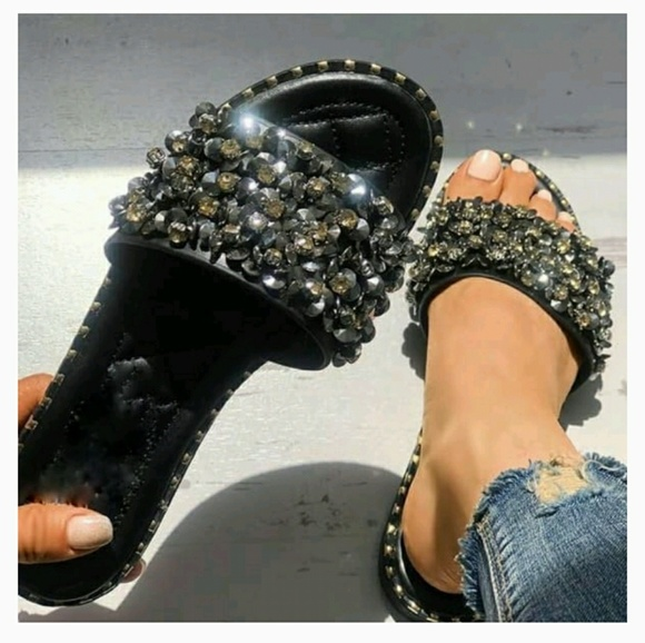 ⬇ Crystal Embellished Sandals